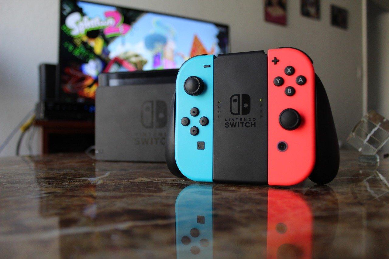 Nintendo Switch à bancher sur télé