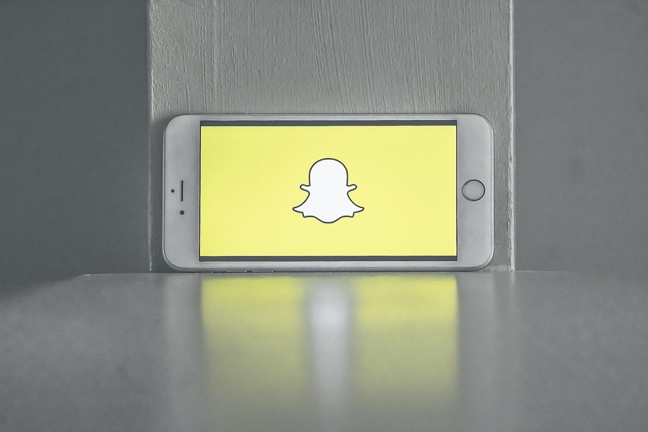 Téléphone avec application snapchat ouverte