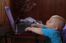 Quel Ordinateur Choisir pour un Enfant en Fonction de son Age ?